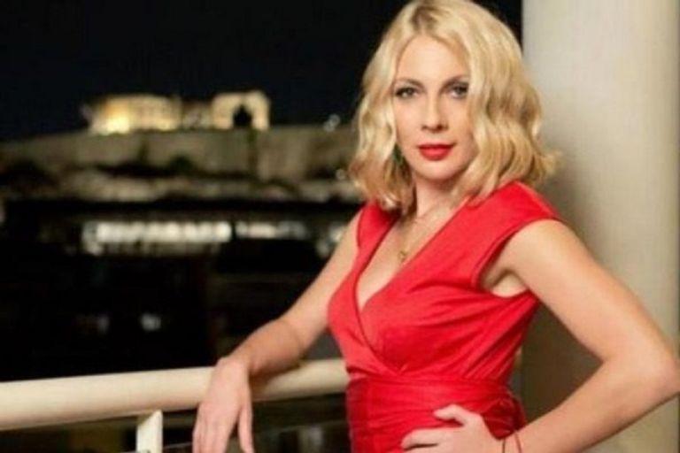 Σμαράγδα Καρύδη: Φοράει το μαγιό της και «γκρεμίζει» το Instagram | to10.gr