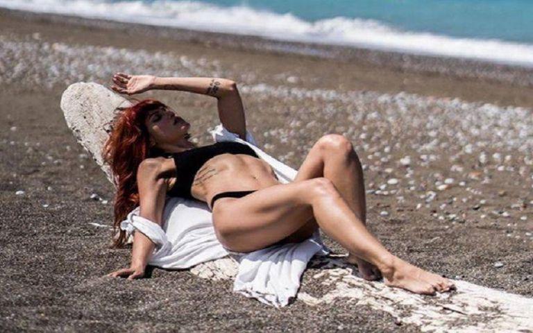Η Μαίρη Συνατσάκη εύχεται «καλό φθινόπωρο» με έναν πολύ σέξι τρόπο | to10.gr