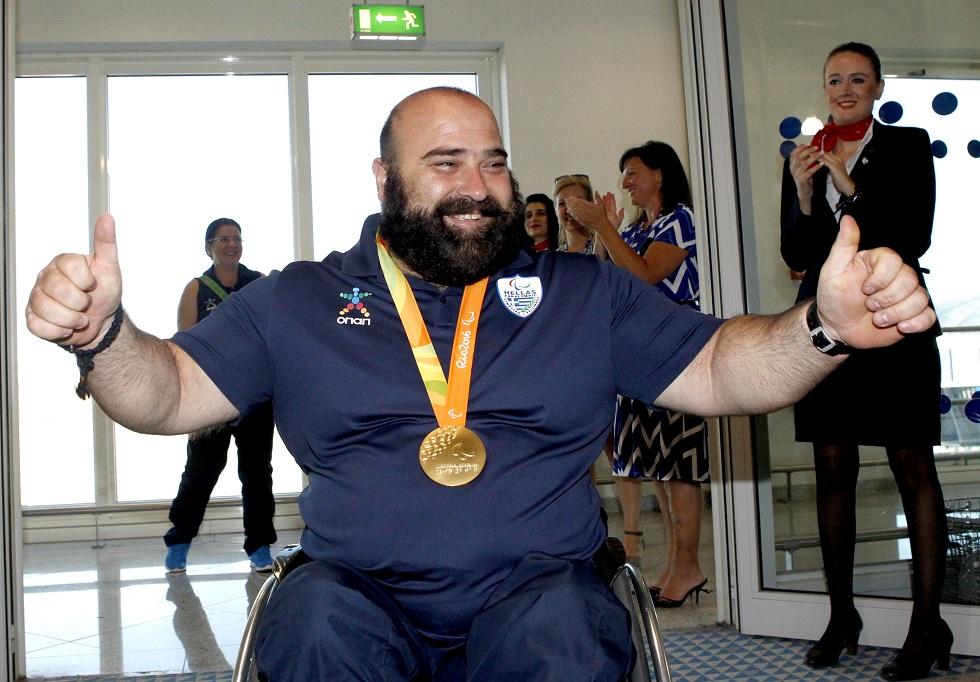 Χρυσός Παραολυμπιονίκης πουλάει τα μετάλλιά του για να κάνει εγχείρηση | to10.gr