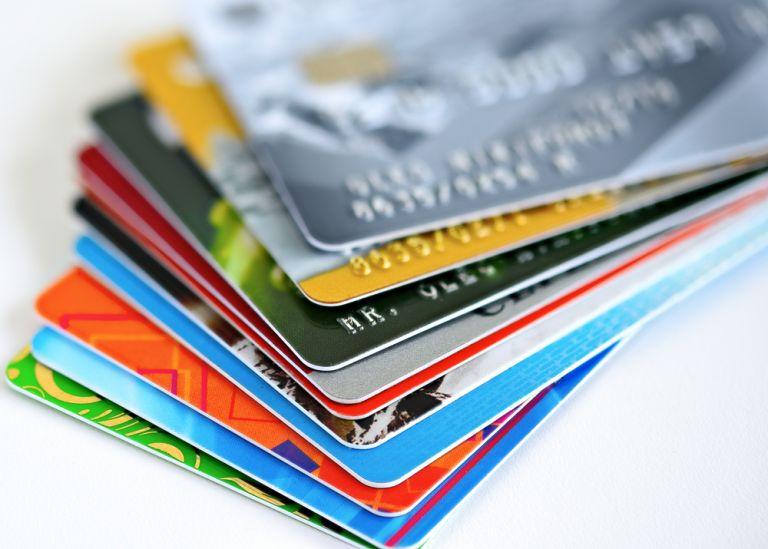 Μεγάλη ανατροπή: Τι αλλάζει από σήμερα στις πληρωμές με κάρτα   to10.gr