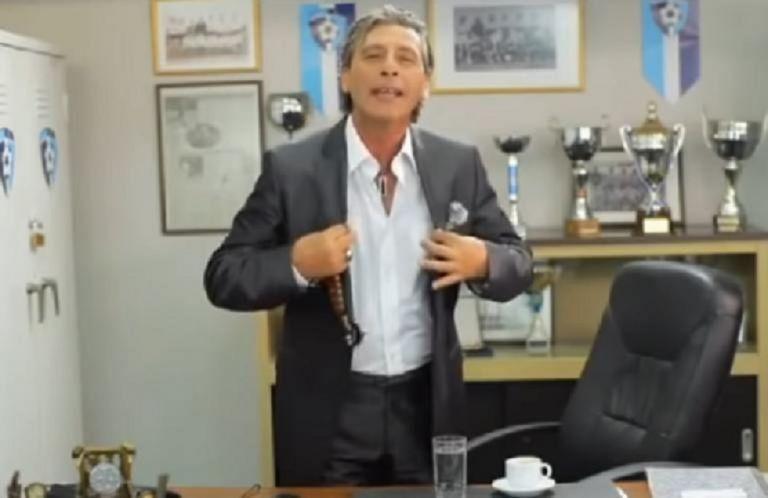 Τάκης Σπυριδάκης: Όταν άφηνε εποχή με «αγαπούλα πούλα» και «Πίου το μαύρο πιστόλι» | to10.gr