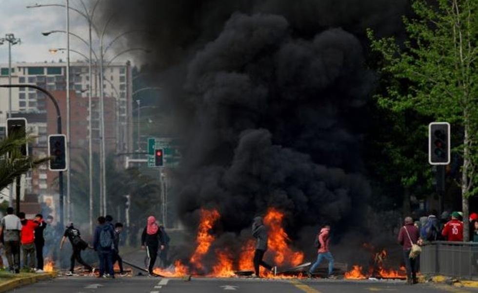 Χιλή: Πεδίο μάχης οι δρόμοι – Κάηκαν 5 άνθρωποι μέσα σε εργοστάσιο   to10.gr