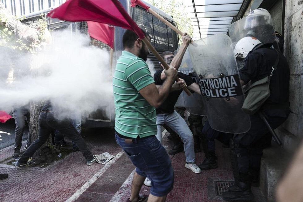 Επεισόδια και χημικά στο φοιτητικό συλλαλητήριο στην Αθήνα- Ένας τραυματίας | to10.gr