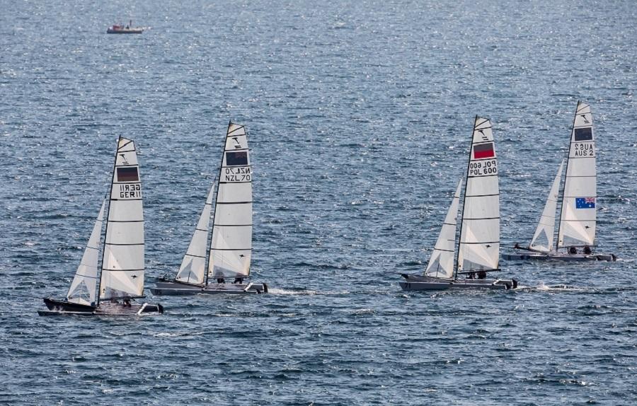Εντυπωσιακές οι ιστιοδρομίες στο «29ο Athens International Sailing Week» | to10.gr