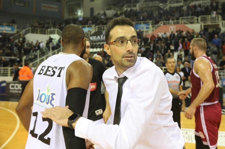 Χαραλαμπίδης: «Δεν πρέπει να επαναπαυθούμε στη διαφορά κατηγορίας» | to10.gr