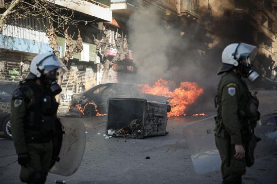 Μυρίζει «μπαρούτι» ενόψει Πολυτεχνείου : Μπαράζ επιθέσεων από αντιεξουσιαστές – Τι φοβάται η ΕΛ.ΑΣ. | to10.gr