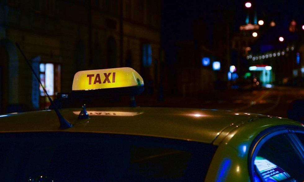 Τι λέει ο ηθοποιός που κατηγορείται για τον βιασμό του ταξιτζή | to10.gr