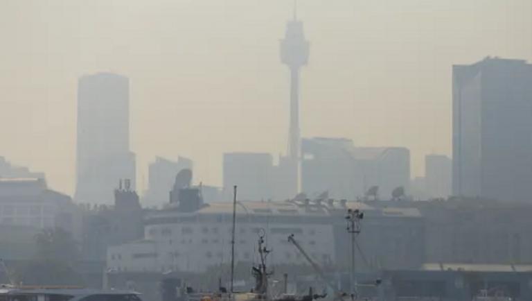 Τοξικό κύμα καπνού πάνω από την Καμπέρα στην Αυστραλία   to10.gr