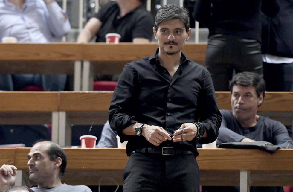 Γιαννακόπουλος: «Το φως κερδίζει το σκοτάδι, αρκεί αυτό να μείνει και στο δεύτερο ημίχρονο»   to10.gr