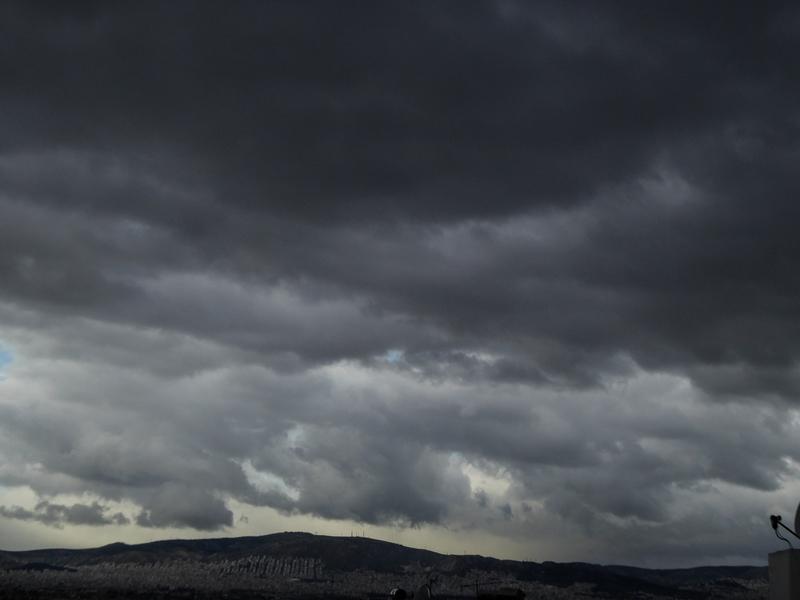Συννεφιά και κρύο φέρνει ο καιρός   to10.gr