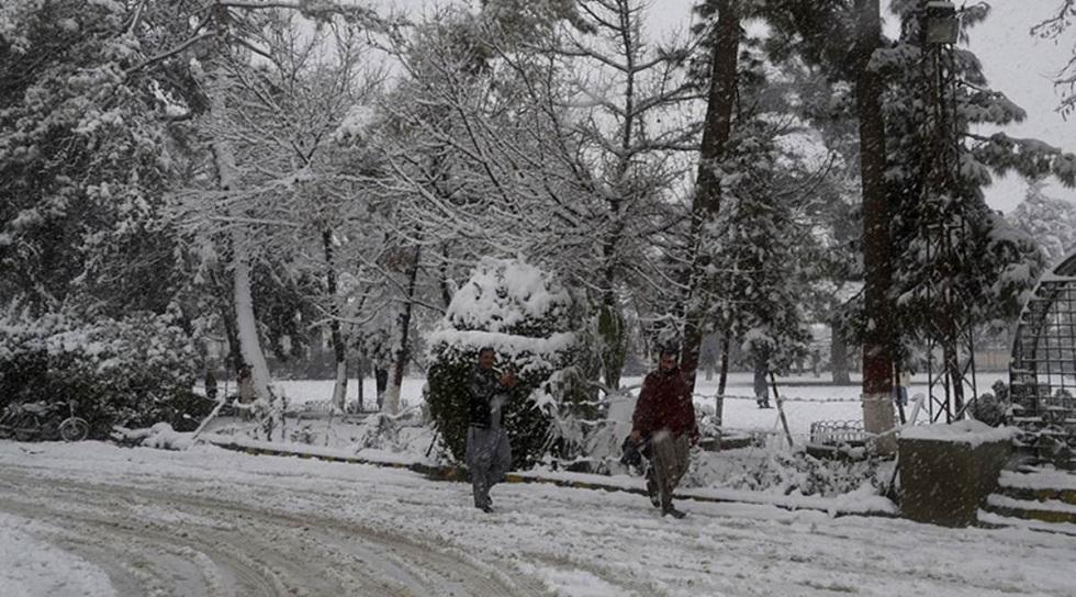 Τουλάχιστον 57 νεκροί από χιονοστιβάδες στο Πακιστάν | to10.gr