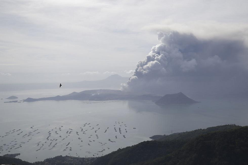 Συναγερμός μετά την έκρηξη του ηφαιστείου Ταάλ στις Φιλιππίνες | to10.gr