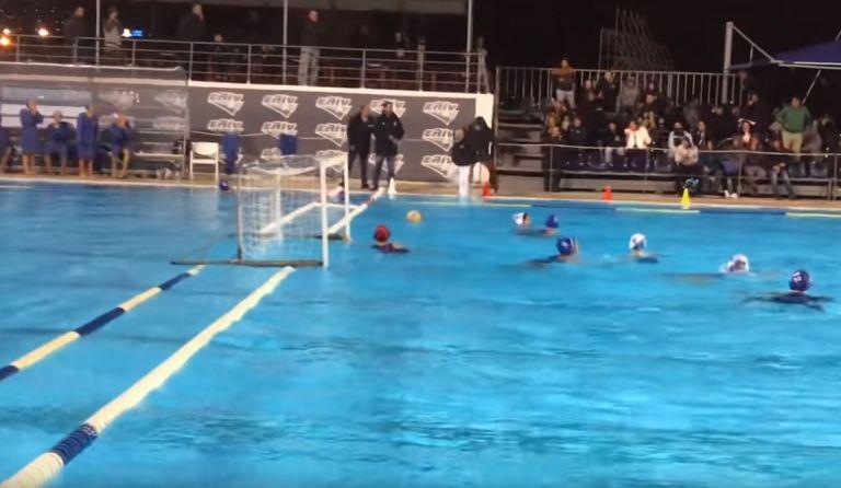 Ξεφύγαμε τελείως: Οπαδός πέταξε διαιτητή στην πισίνα στο Εθνικός-Γλυφάδα (Video) | to10.gr
