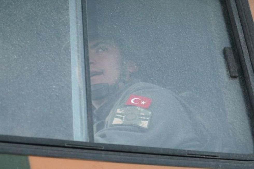 Η Τουρκία αποσύρει τις δυνάμεις της από τα σύνορα του Έβρου για να πάνε στη Συρία | to10.gr