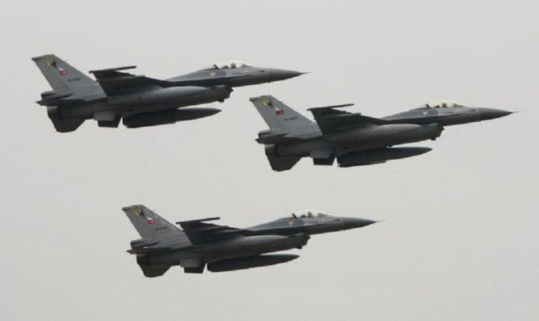 Το… χαβά της η Τουρκία: Νέες υπερπτήσεις F-16 στη Ρω   to10.gr