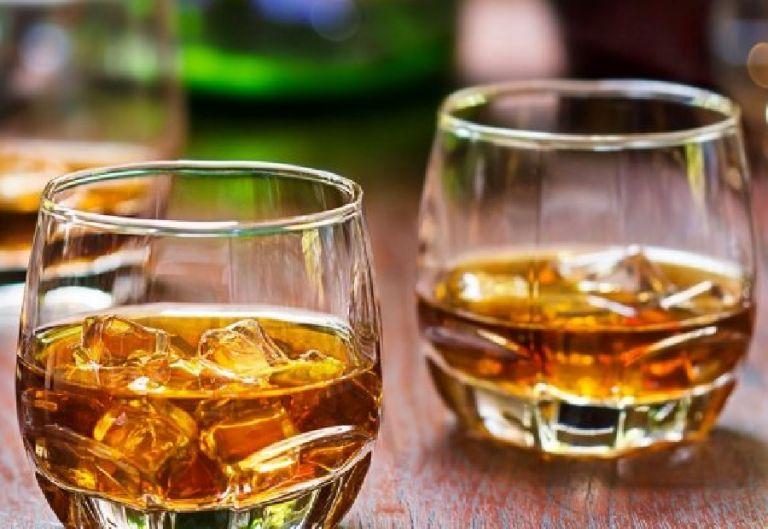 Έρευνα : Τι σχέση έχουν τα γλυκά με το αλκοόλ; | to10.gr