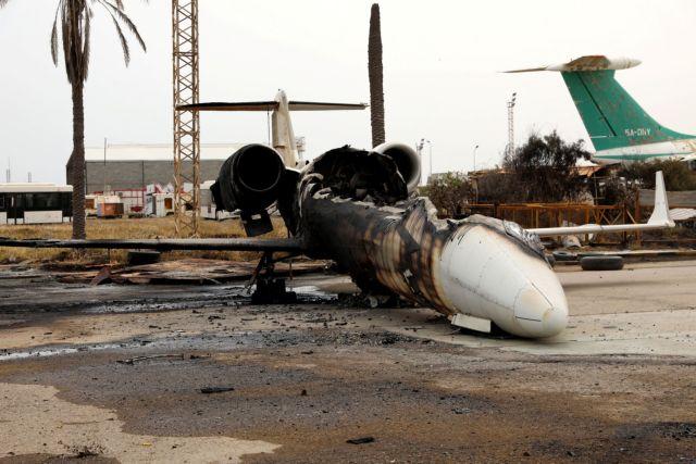Σφοδρές μάχες στη Λιβύη: Ο Σάρατζ ανακατέλαβε περιοχές νότια της Τρίπολης και απειλεί τον Χαφτάρ | to10.gr