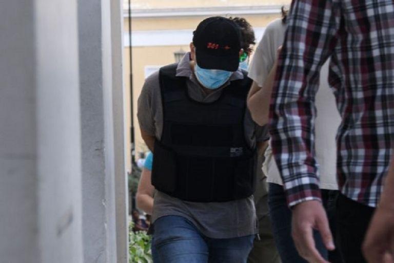 Αποκλειστικό MEGA: Ο ψευτογιατρός έκλεινε ραντεβού μέσω ιατρείου σε ιδιωτική κλινική | to10.gr