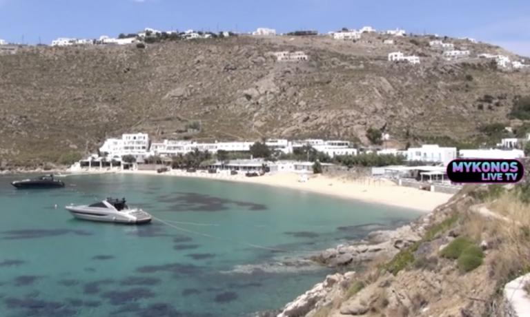 Χαμός στη Μύκονο: «Εξαφανίστηκαν» οι ξαπλώστρες (video) | to10.gr