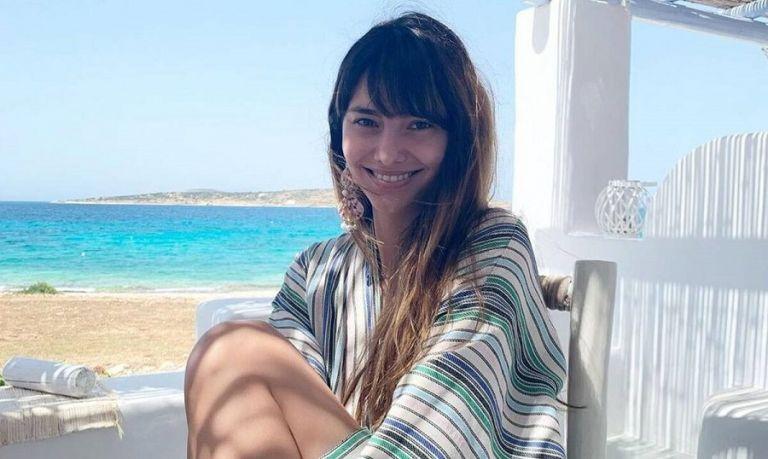 Η Ηλιάννα Παπαγεωργίου ποζάρει topless και τα Κουφονήσια παραληρούν   to10.gr