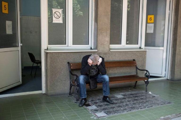 Κορωνοϊός : Δραματική κατάσταση στη Σερβία – Γήπεδο μετατρέπεται σε νοσοκομείο, σκηνές από το στρατό | to10.gr