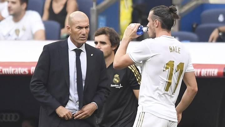 Ρεάλ Μαδρίτης : Ο Ζιντάν αγνοεί τον Μπέιλ και ο Ουαλός γελάει μαζί του (vid)   to10.gr