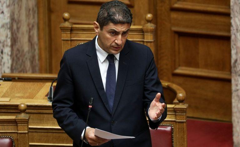 Αυγενάκης : «Αδιανόητη η απόφαση της ΕΠΟ, προχωράμε τα έργα στο Παγκρήτιο» | to10.gr