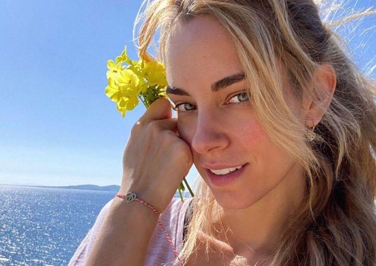 Δούκισσα Νομικού : Ανέμελες στιγμές στο νησί των Ανέμων [pics]   to10.gr