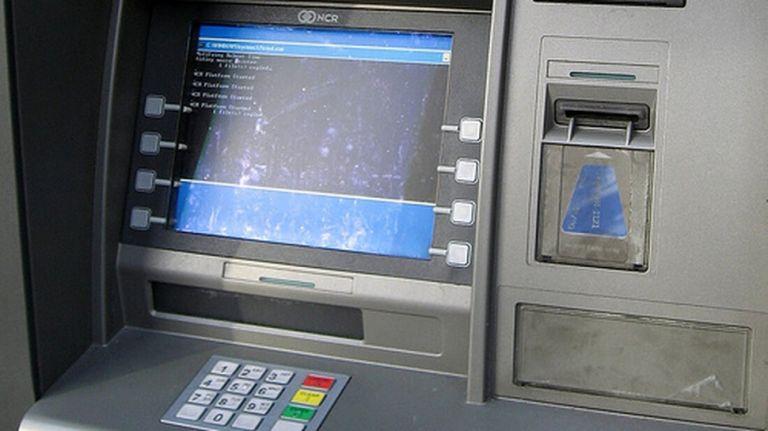 Αυτά είναι τα μυστικά που οι τράπεζες δεν θέλουν να ξέρουμε   to10.gr