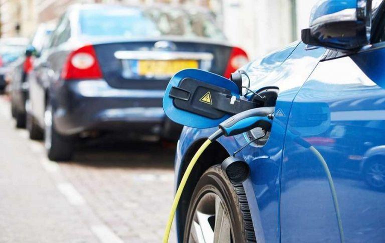 Ηλεκτρικά αυτοκίνητα : Οι οκτώ αλλαγές και τα φορολογικά κίνητρα | to10.gr
