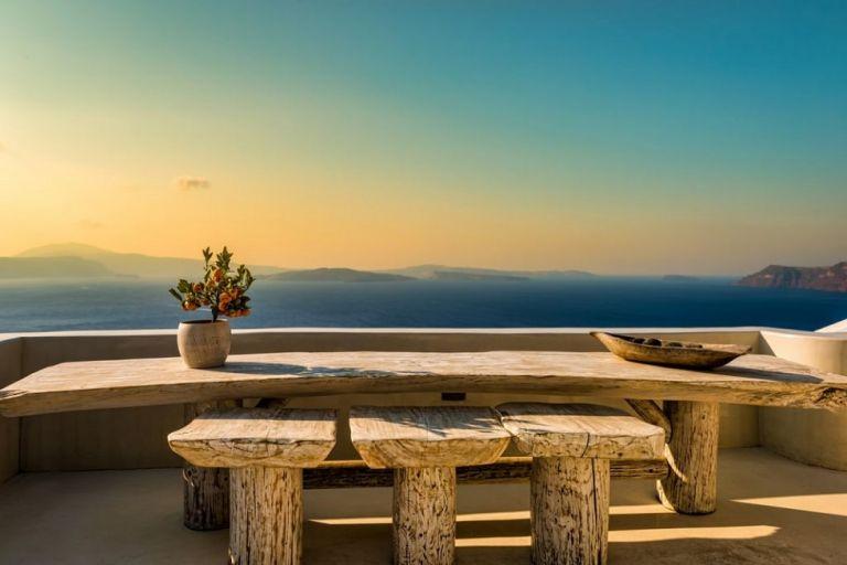SOS εκπέμπουν οι ξενοδόχοι – Ο Νο1 φόβος των τουριστών και η διπλή ανησυχία των λοιμωξιολόγων | to10.gr