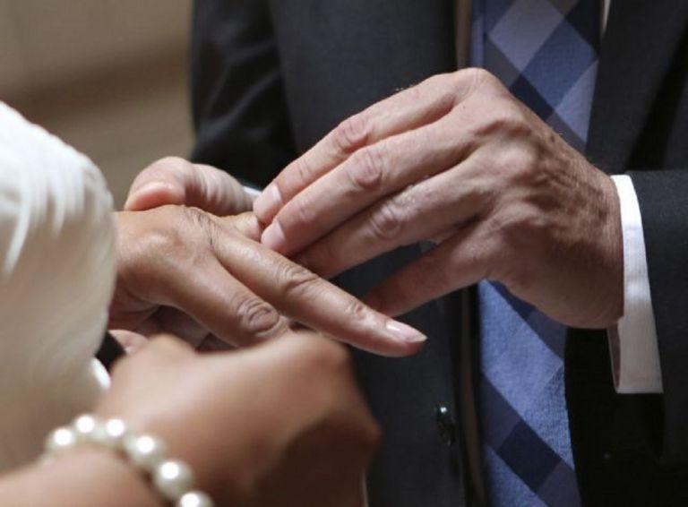 Κρούσματα κορωνοϊού και σε δεύτερο γάμο στον Έβρο – Θετικοί γαμπρός και νύφη   to10.gr