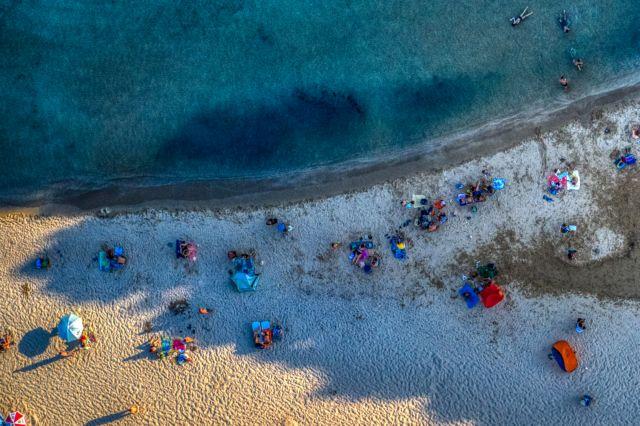 Γώγος : Μάσκες ακόμη και στην παραλία σε Πάρο – Αντίπαρο   to10.gr