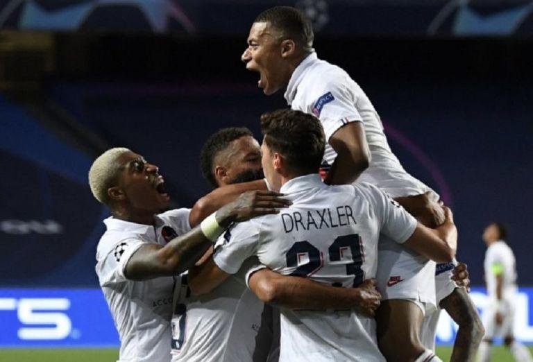 Αταλάντα – Παρί Σεν Ζερμέν 1-2: Επική πρόκριση με γκολ στο 89′ και στο 92′   to10.gr