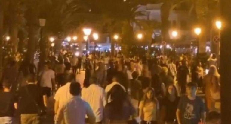 Κορωνοϊός : Απίστευτος συνωστισμός σε Ρέθυμνο και Χανιά μετά τα μεσάνυχτα   to10.gr