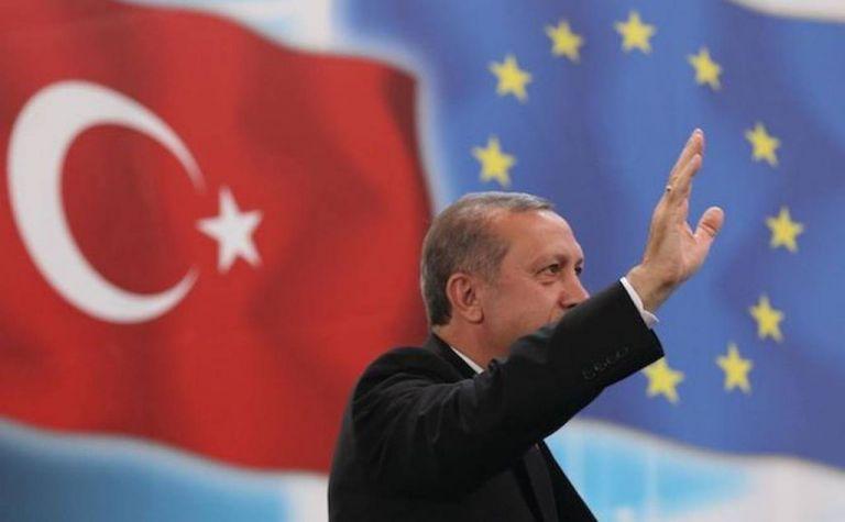 Ποια είναι η οικονομική εξάρτηση της Τουρκίας από την Ευρώπη και τι γίνεται με τη λίρα | to10.gr