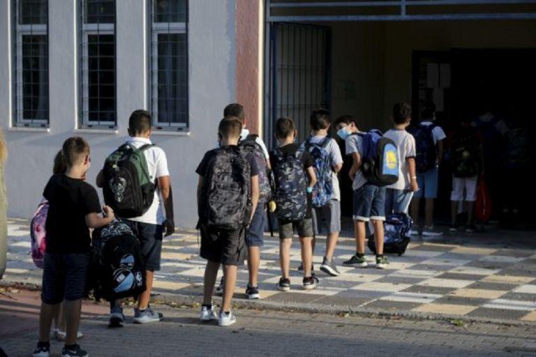 Κορωνοϊός : Θετικός στον ιό μαθητής – Λάθος στην αρχική διάγνωση από τον ΕΟΔΥ | to10.gr