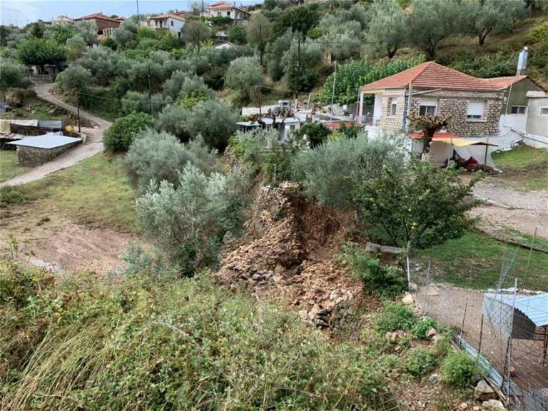 Νέο κύμα κακοκαιρίας : Πλημμύρισαν δρόμοι σε Γιάννενα και Αγρίνιο, ξεριζώθηκαν δέντρα στην Κέρκυρα | to10.gr