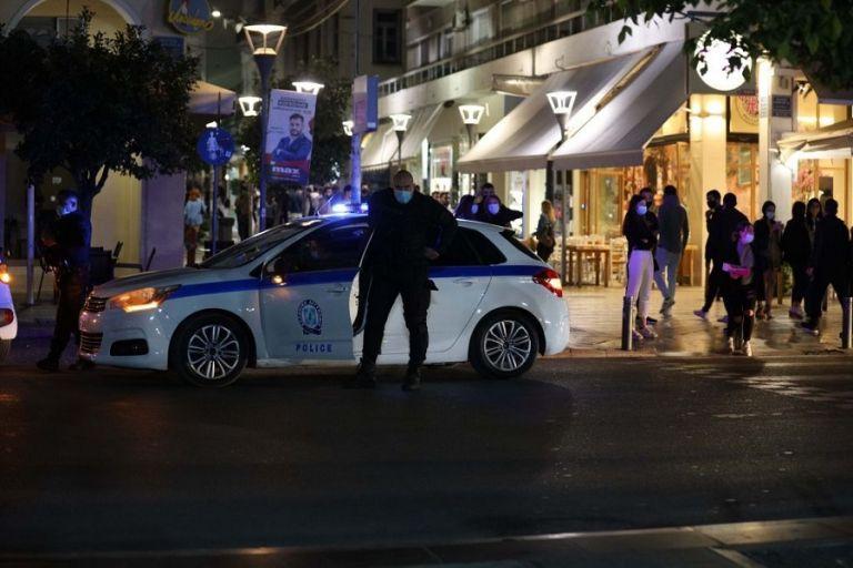 Απίστευτο : Αστυνομικοί «μπλόκαραν» ελέγχους… συναδέλφων τους σε μπαρ | to10.gr