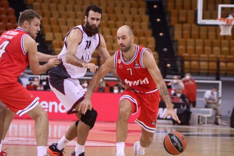 Ολυμπιακός : Δεν αγωνίστηκε στο δεύτερο ημίχρονο με την Αρμάνι ο Σπανούλης | to10.gr
