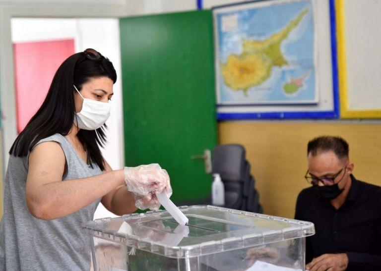 «Εκλογές» στα Κατεχόμενα : Έκλεισαν οι κάλπες – Τι δείχνουν τα πρώτα αποτελέσματα | to10.gr