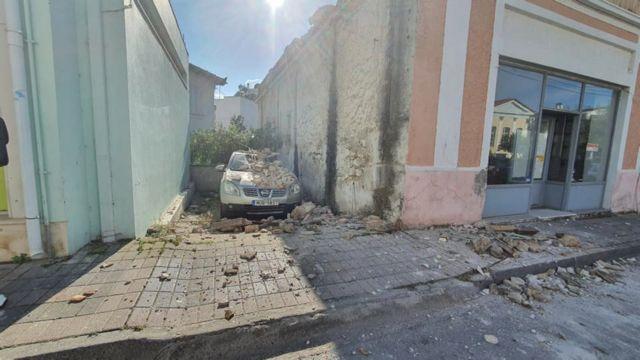 Συγκινεί ο πατέρας του 17χρονου που χάθηκε στο σεισμό στη Σάμο | to10.gr
