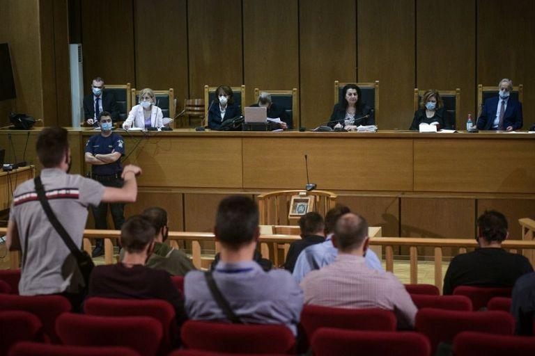 Χρυσή Αυγή : Τα επιχειρήματα των καταδικασθέντων για να ζητήσουν την αναστολή των ποινών τους | to10.gr