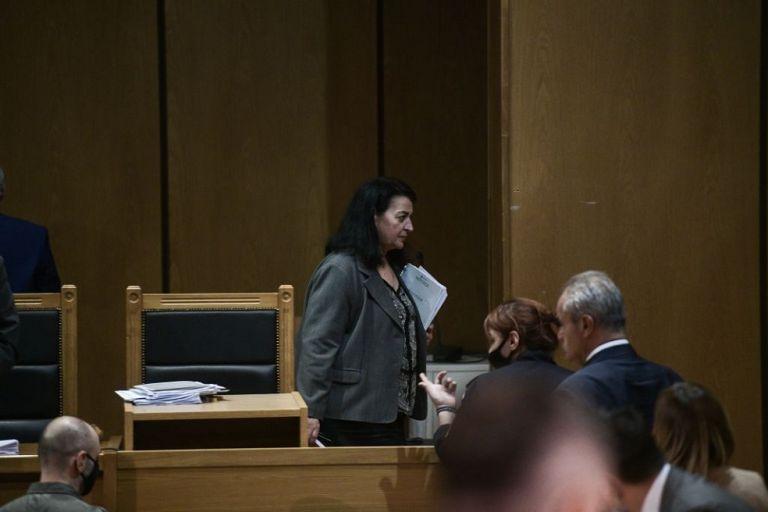 Δίκη Χρυσής Αυγής : Τη Δευτέρα η απόφαση για τις αναστολές – Τα παρακάλια των χρυσαυγιτών | to10.gr