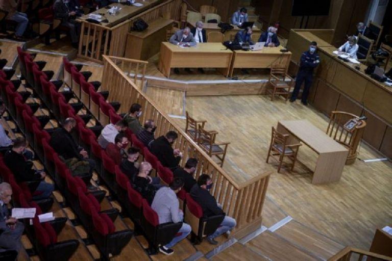Χρυσή Αυγή : Αντιδράσεις για την πρόταση της εισαγγελέως – Προκαλούν τα μέλη της εγκληματικής οργάνωσης | to10.gr