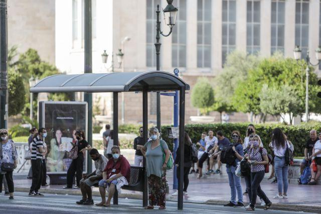 Κορωνοϊός : Ανησυχία από τον συνωστισμό σε εκκλησίες και ΜΜΜ, ενώ η πανδημία «καλπάζει» | to10.gr
