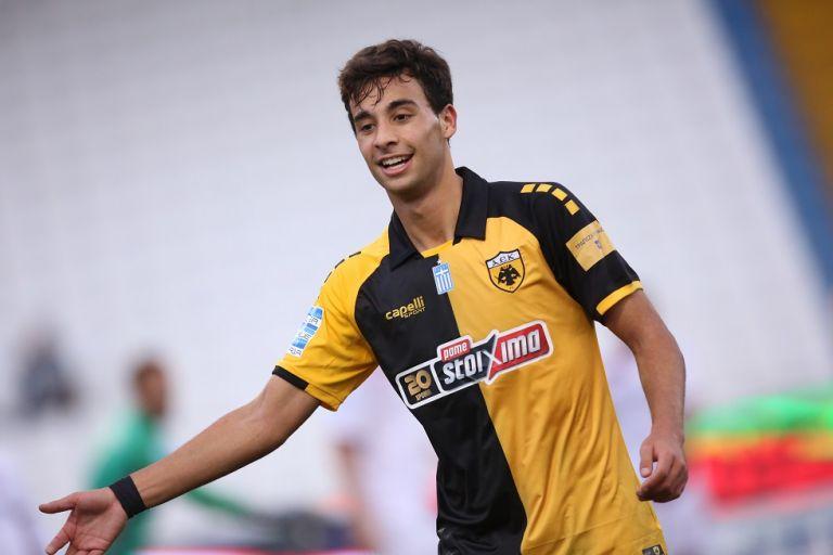Μαχαίρας : «Επιτέλους, ήρθε το γκολ – Παίκτης βαρόμετρο για την ΑΕΚ ο Μάνταλος» | to10.gr