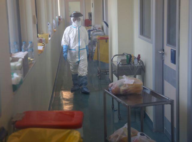 Κορωνοϊός : Από αρνητικό σε αρνητικό ρεκόρ οι διασωληνωμένοι – Το ζητούμενο για να πάρουν ανάσα τα νοσοκομεία | to10.gr