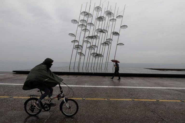 Καιρός : Βροχές και καταιγίδες – Σε ποιες περιοχές | to10.gr