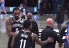 NBA : Σεκιούριτι εμπόδισε τους Ίρβινγκ και Αντεμπάγιο να ανταλλάξουν φανέλες μετά το Νετς-Χιτ (vid)